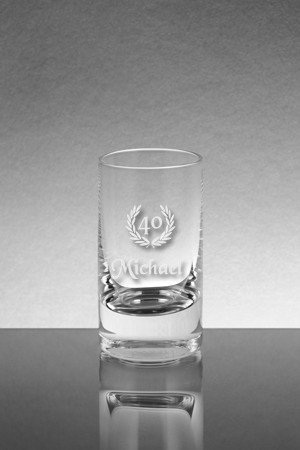 Schnapsglas mit Jubiläumsgravur